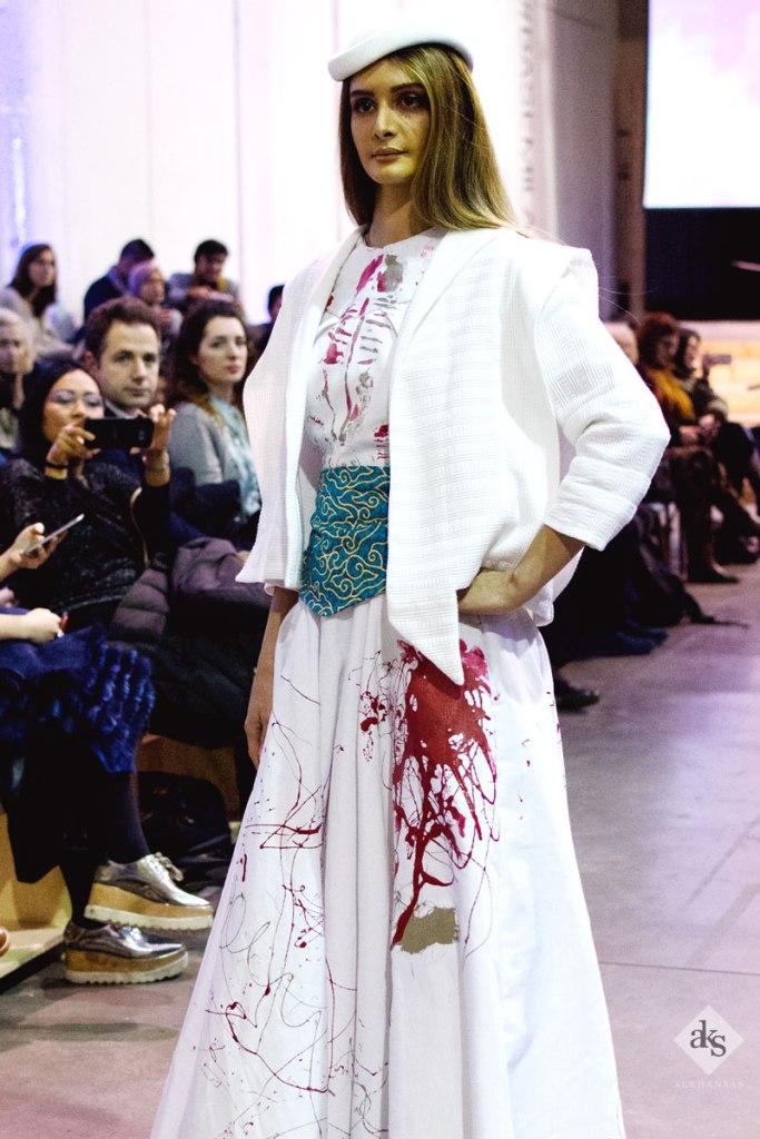 Milan-Fashion-Show-Batik-Seni-Art-ALKHANSAS