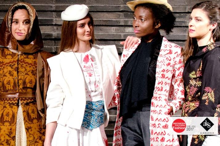 Modest-Batik-Indonesia-Fashion-Show-by-ALKHANSAS